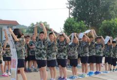 青少年军训拓展培训-学生
